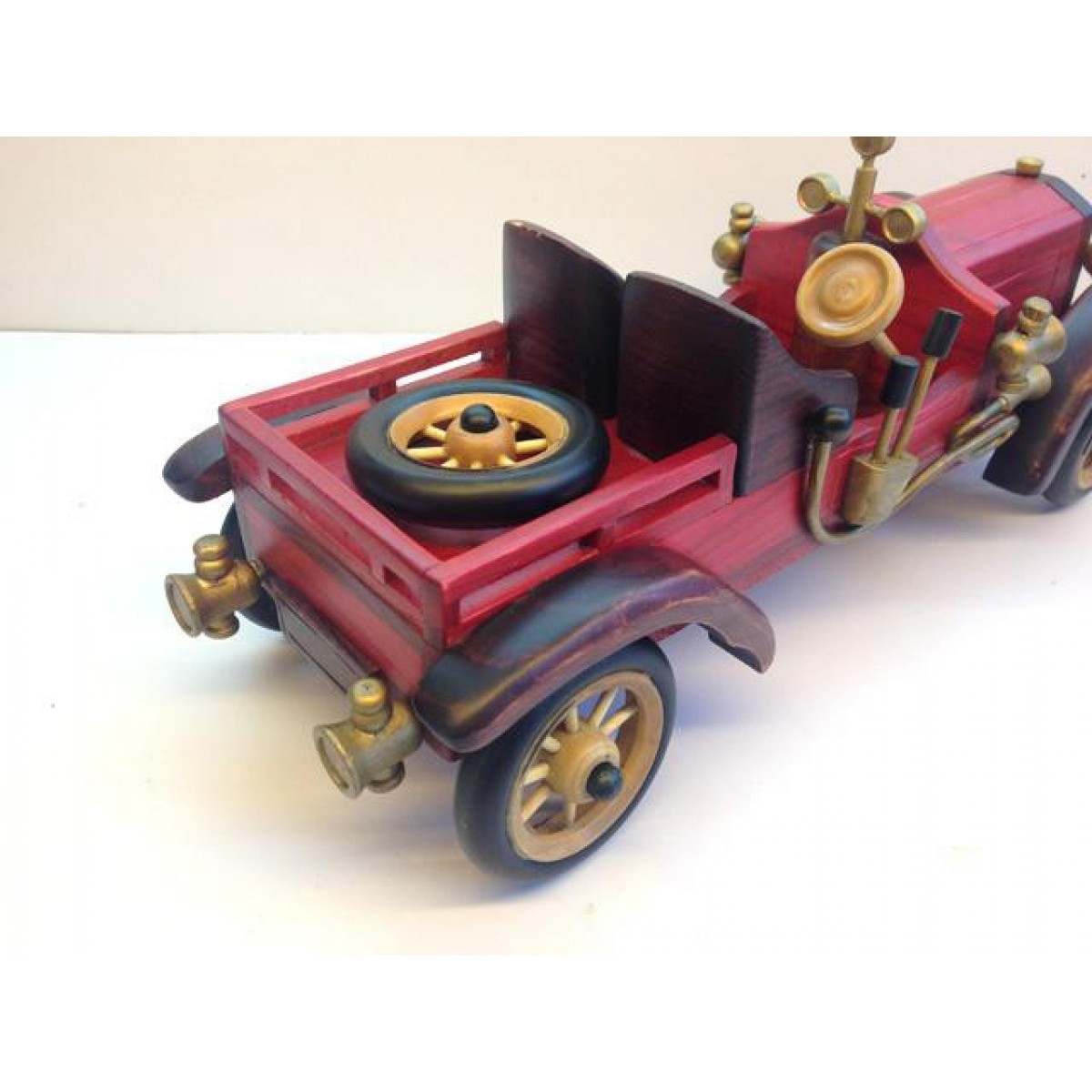 Handmade Wooden Home Decorative Novel Vintage Car Model B